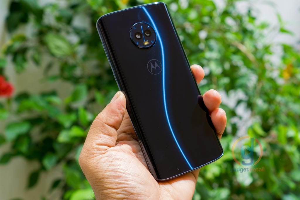 Moto G6 - A warrior in shiny Armour - Review - GadgetDetail